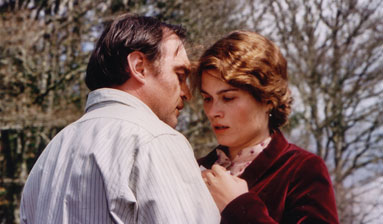 Photograph of Jean-Louis Coulloc'h and Marina Hands in the film Lady Chatterley
