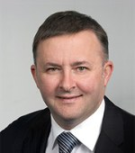 Photograph of Anthony Albanese MP