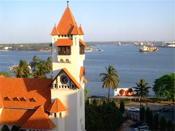 Lutheran church in Dar es Salaam, photo by Greenery