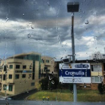 The rain begins...: click to embiggen