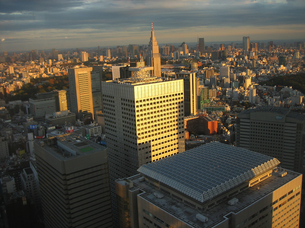 Tokyo skyline by Harry Vale: click to embiggen