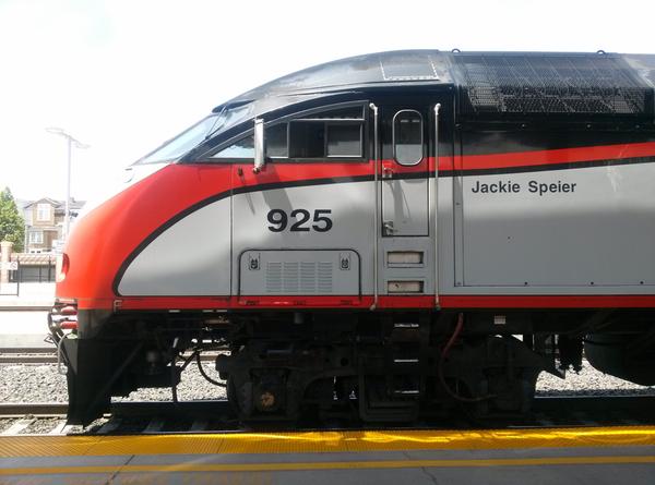 Caltrain locomotive 925 Jackie Spieir: click to embiggen