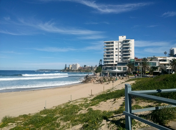Cronulla seen from North Cronulla Beach: click to embiggen