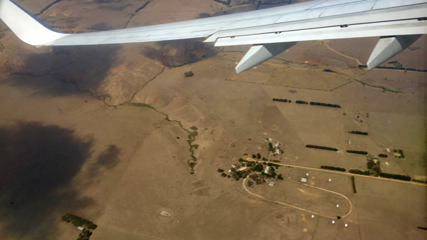 Approaching Melbourne: click to embiggen
