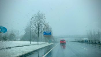 Snow on the Great Western Highway
